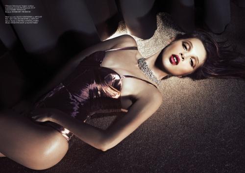 Anais Pouliot Glass Magazine Spring 2013-003